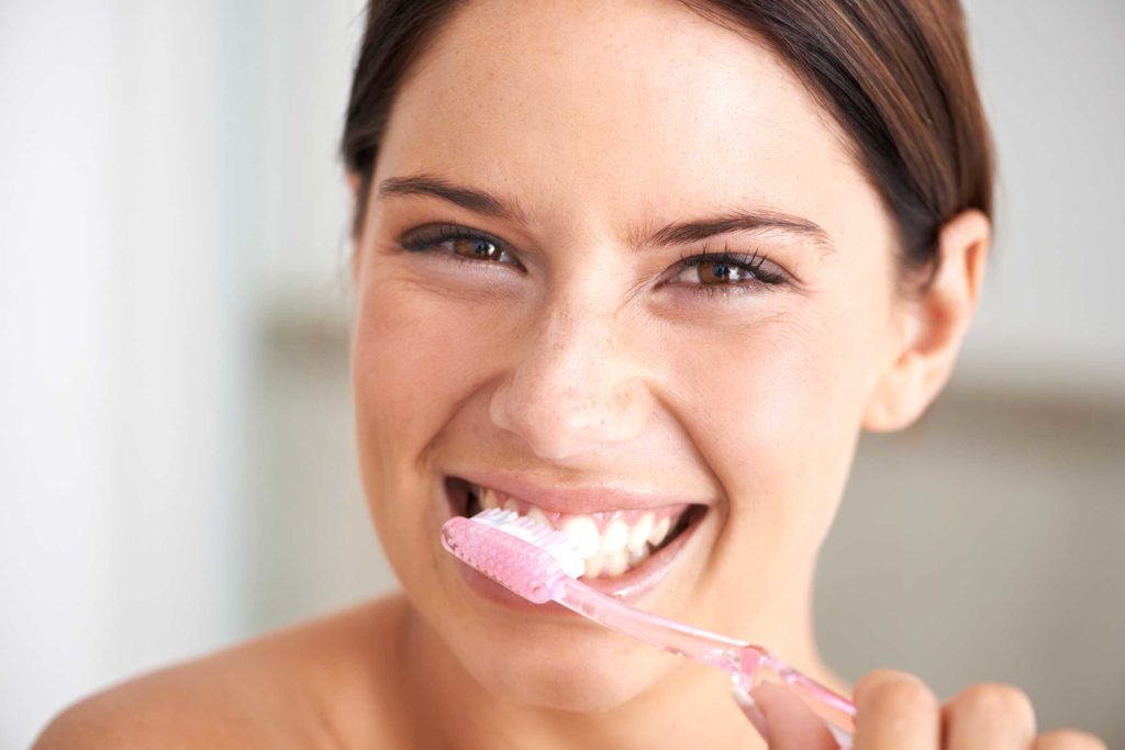 Brushing Tips Featured Image - Bowen Family Dentistry